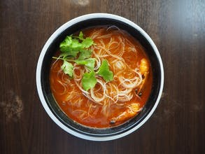 Tom Yam Bee Hoon (chicken)