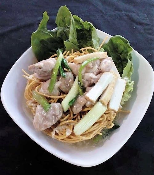 Chicken Meat Cantonese Fried Mee Suah