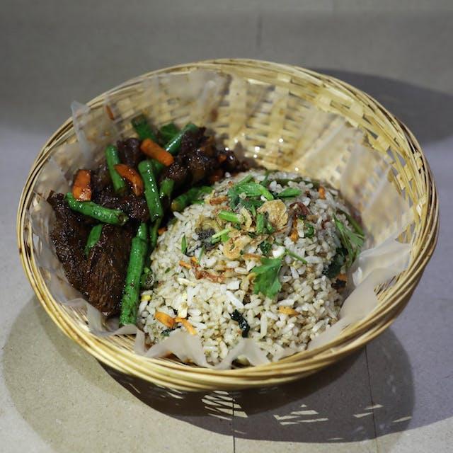 Nasi goreng daging kicap (beef)