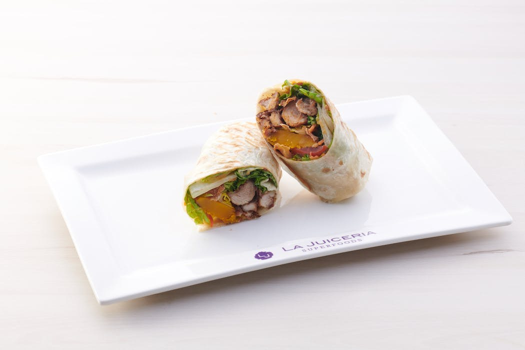 Jucieria Bangkok Wrap (689 kcal)