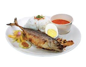 Nasi Ikan Goreng Berempah