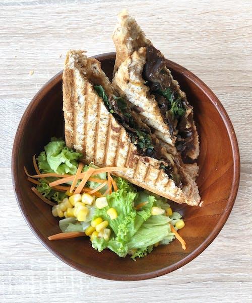 Sandwich Mushroom