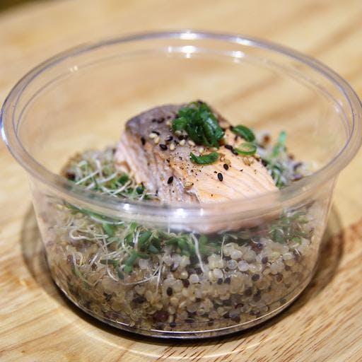 Grilled Salmon Quinoa
