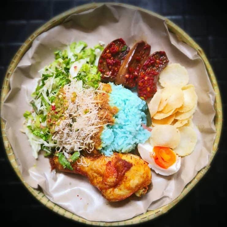 Nasi Kerabu Ayam