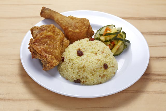 2 PCS Broasted Chicken Meal