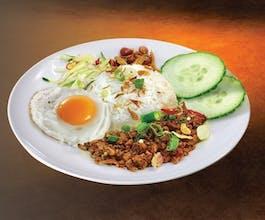 Nasi Ayam Tumis Pedas