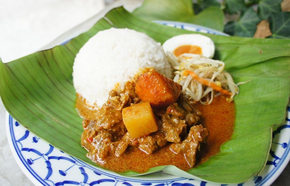 Nasi Gulai Daging