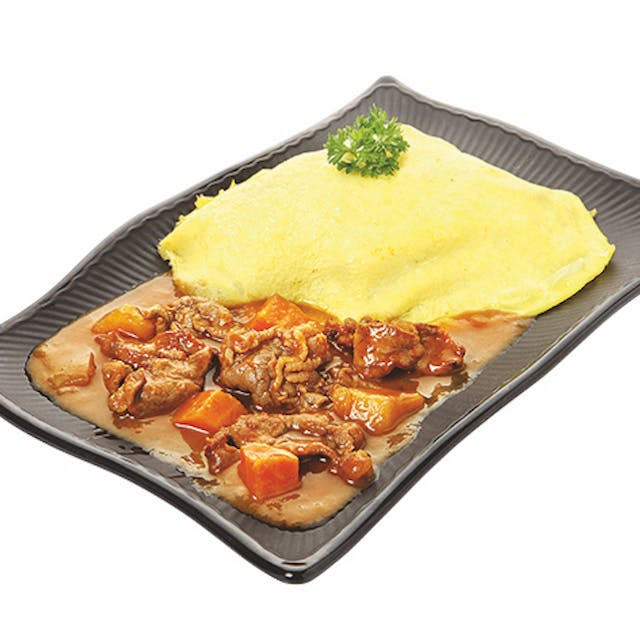 CURRY OMURICE: Curry Beef