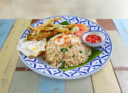 R21 Bangkok Fried Rice with Popeye's Tempura