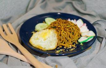 mee Goreng Jawa + egg (chicken)