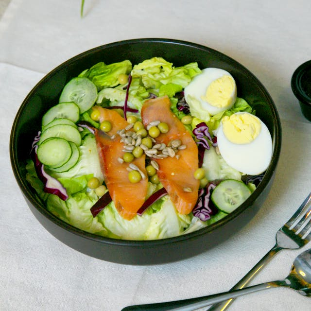 Omega-3 Booster Salad (Salmon)