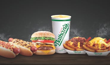 Nathan's Famous (Paradigm Mall)