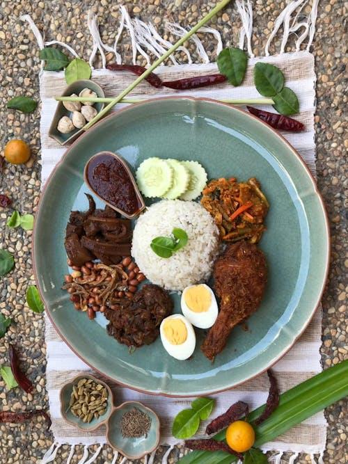 Taiping Boy Nasi Lemak (SS2)